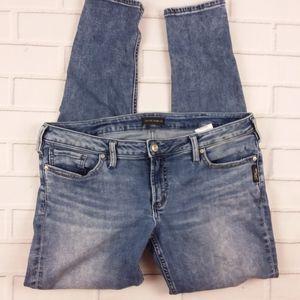 Silver Jeans Tuesday Skinny 33 x 31 Medium Wash